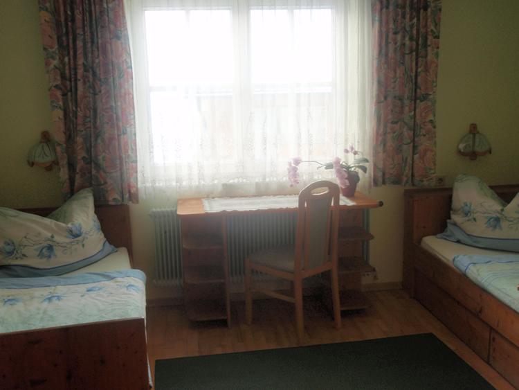 Gästezimmer-Betten